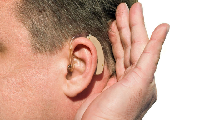 СА расположенный за ухом