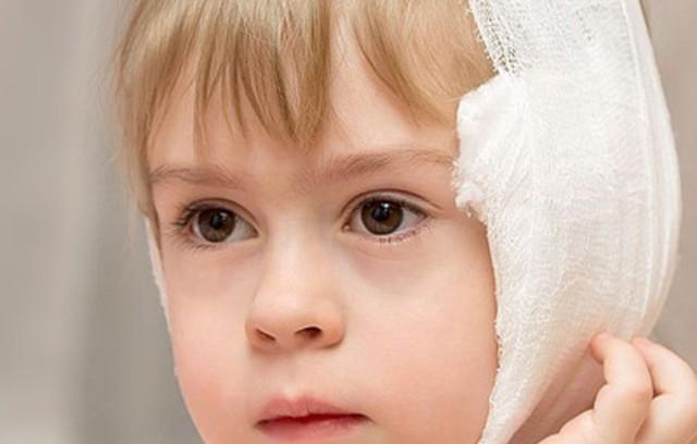 Болит ухо чем лечить в домашних условиях