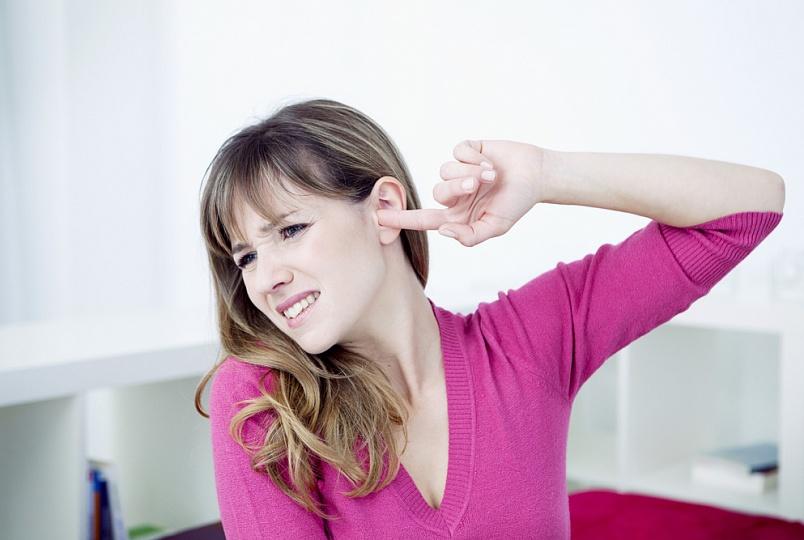 Сильно чешется ушная раковина. Почему чешется ухо снаружи: основные причины и методы лечения